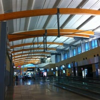 Photo taken at Raleigh-Durham International Airport (RDU) by Somphop S. on 10/7/2012