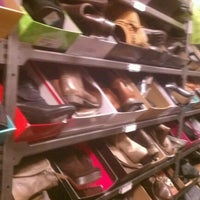 Photo taken at Nordstrom Rack The Shops at State and Washington by Laurice S. on 9/25/2012