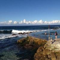 Photo taken at Bronte Beach Pool by Fábio S. on 5/12/2013