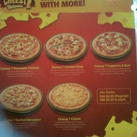 Photo taken at Pizza Hut by Muhammad N. on 11/20/2012