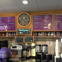 Photo taken at The Coffee Bean & Tea Leaf by Lonnie C. on 7/1/2013