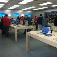 Photo taken at Apple Towson Town Center by Svetlana on 12/21/2012
