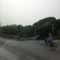 Photo taken at Văn Miếu Mao Điền by Bình N. on 9/19/2012