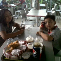 Photo taken at KFC by Dini W. on 7/28/2013