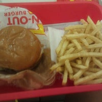 Photo taken at In-N-Out Burger by Angela B. on 5/23/2012