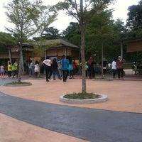 Photo taken at Taman Tasik Ampang Hilir by Mohd Reedzuan on 2/20/2011