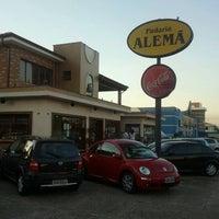 Photo taken at Padaria Alemã by Luiz K. on 5/30/2012
