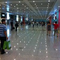 Photo taken at Shanghai Hongqiao Railway Station by Semba K. on 7/31/2011