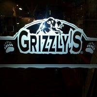 Photo taken at Grizzly's by Darnel A. on 11/9/2011