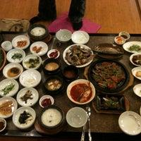 Photo taken at 正一品(이천쌀밥) by Seolah K. on 10/20/2011