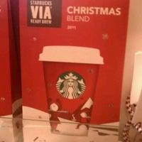 Photo taken at Starbucks by Dorea W. on 11/30/2011