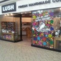 Photo taken at Lush Fresh Handmade Cosmetics by Abu M. on 8/5/2012