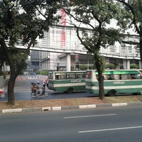 Photo taken at Halte TransJakarta Bunderan Senayan by Sweet G. on 9/15/2012