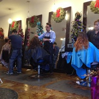 Photo taken at Nuevo Look - Hair Salon by Carlos A. on 1/6/2013