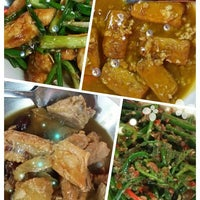 Photo taken at Fatty Chong Restaurant by Monica Y. on 9/2/2014