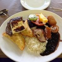Photo taken at Restaurante Botafogo by Andressa on 8/7/2013