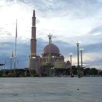 Photo taken at Masjid Putra by ridz on 1/1/2013