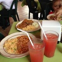 Photo taken at Restaurante Noy by Osvaldo M. on 1/31/2013