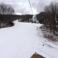 Photo taken at Shawnee Mountain Ski Area by Thai on 3/23/2013