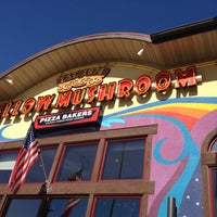 Photo taken at Mellow Mushroom Pizza Bakers by Joshua S. on 4/13/2013