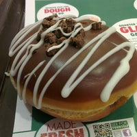 Photo taken at Krispy Kreme by Serena H. on 3/22/2013
