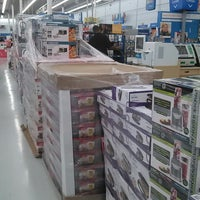 Photo taken at Walmart by Carlos S. on 11/28/2013