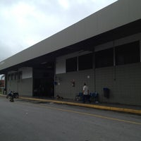Photo taken at Terminal Rodoviário Geraldo Scavone by Arlen p. on 11/13/2012