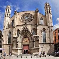 Photo taken at Basílica de Santa Maria del Mar by Luis J. on 11/13/2012