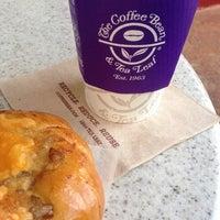 Photo taken at The Coffee Bean & Tea Leaf by Jennifer on 1/29/2015