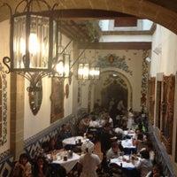 Foto tomada en Café de Tacuba por BrEn el 5/10/2013