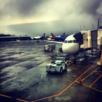 Photo taken at Seattle-Tacoma International Airport  (SEA) by Maximilien  on 9/3/2013