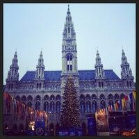 Das Foto wurde bei Rathausplatz von Sergio am 1/1/2013 aufgenommen