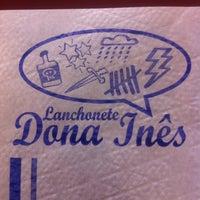 Photo taken at Lanchonete e Restaurante Dona Inês by Vinicius Y. on 1/30/2015