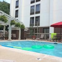 Photo taken at Hampton Inn Atlanta-Northlake by That One Lady W. on 9/9/2016