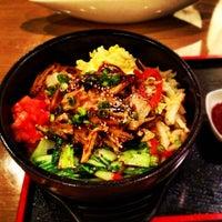 Photo taken at Sushi Naru by Jacky on 11/10/2012