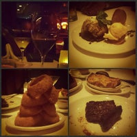 Photo taken at Fleming's Prime Steakhouse & Wine Bar by lisa l. on 5/19/2015