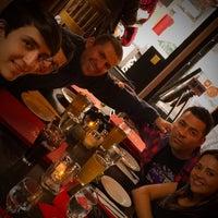 Photo taken at Oregano Pizzeria and Ristorante by iOscarQ on 4/26/2015