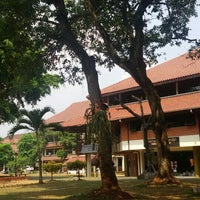 Photo taken at Fakultas Ilmu Sosial dan Ilmu Politik by Pisas P. on 7/23/2015