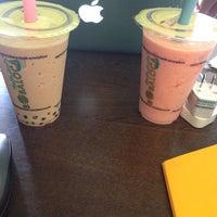 Photo taken at Boba Loca :: Tea & Coffee by Tugce I. on 7/25/2014