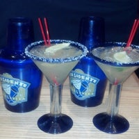 Photo taken at Chili's Grill & Bar by Giovanna P. on 5/5/2013