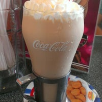 Photo taken at Johnny Rockets by Marissa B. on 6/22/2013