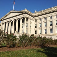 Photo taken at The White House Southeast Gate by Daron Y. on 11/11/2012