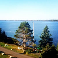 Photo taken at Spruce Point Inn Resort and Spa by Heather on 9/27/2014