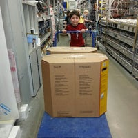 Photo taken at Lowe's Home Improvement by Rick A. on 3/23/2014