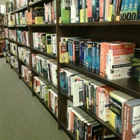 Photo taken at Barnes & Noble by Jessica W. on 11/27/2012