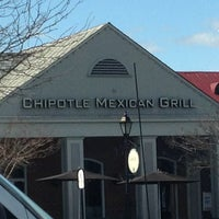 Photo taken at Chipotle Mexican Grill by Steven B. on 3/7/2013