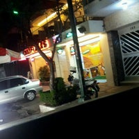 Photo taken at Tommy Pizzas by Jorge S. on 2/6/2013