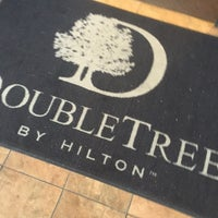 Photo taken at DoubleTree by Hilton Hotel Sacramento by WineWalkabout with Kiwi and Koala on 5/24/2016