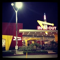 Photo taken at In-N-Out Burger by Keith on 9/30/2012
