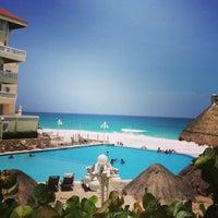 Photo taken at Cancún by Gabytta on 8/18/2013